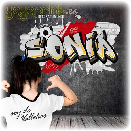 Nombre de Sonia en Graffiti de vinilo del Rayo Vallecano. Aúpa Vallecas