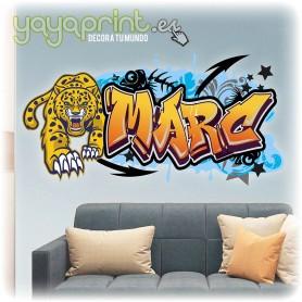 Graffiti del nombre Marc hecho en vinilo autoadhesivo con leopardo. Los mejores vinilos de graffiti en Yayaprint.es